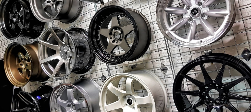 AUTOEXTREME - Wide Seclection Of Wheels Available At Unbeatable Prices!